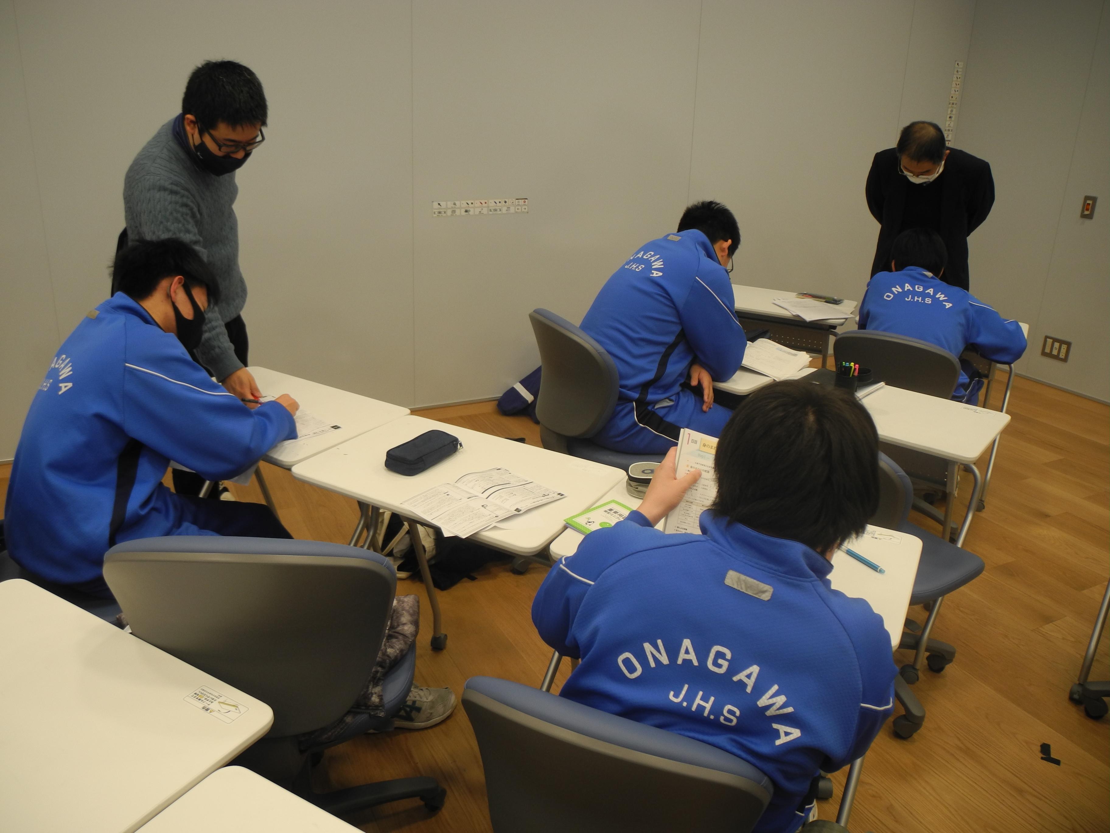 学習会� (2).JPG